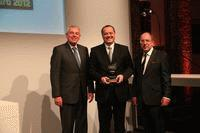 Goodyear Innovation Award 2012 geht an Volvo XC60