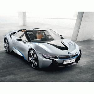 BMW i8 Concept Spyder mit BMW eDrive in Peking