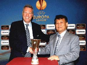 Hankook Tire-UEFA Europa League kick off partnership in Monaco - PR 40/2012