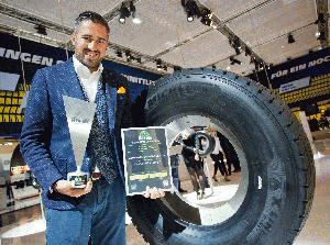 "MICHELIN X(R) LINE™ ENERGY™ gewinnen ""Innovation Award 2016"" der ""Pneus"" Essen"