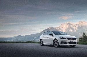 Peugeot 308 Tech Edition, más equipamiento para el compacto